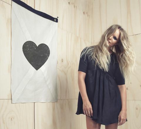 The_Minimalist_x_Cross_my_heart_wall_flag_limited_edition_by_Blacklist_1024x1024