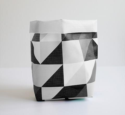 The_Minimalist_x_Tetris_black_and_white_storage_sack_by_Varpunen_1024x1024